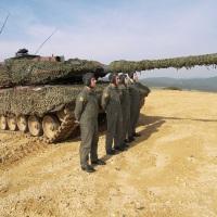 Τα Άρματα Μάχης Leopard-2HEL ΄΄κατέβασαν΄΄ το έδαφος στον ¨Εβρο... Πήρε φωτιά το ''ΑΕΤΟΣ¨ ( φώτο)